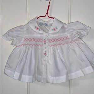 Vtg Baby Togs 2 pc white smocked outfit
